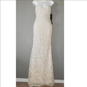 Lulus cream Wedding Gown Dress size XS